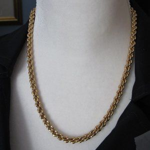Gold filigree necklace, 8.5 inches